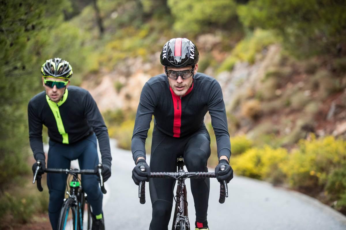 лучшая одежда для велосипедистов Santini